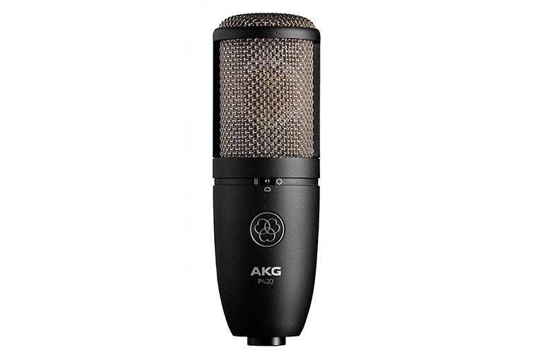 AKG микрофон